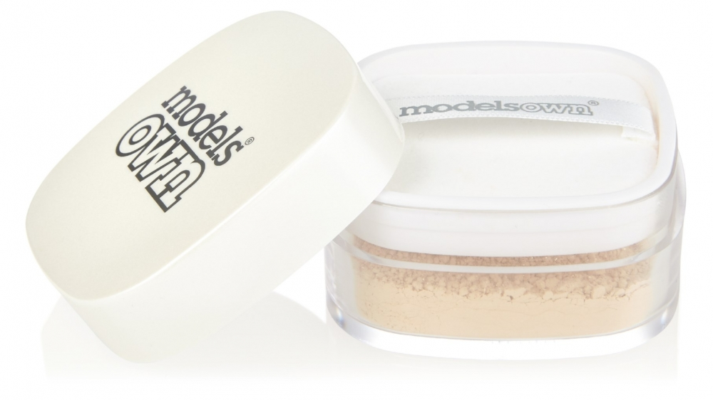 Models Own završni puder u prahu - Grand Finale Loose Powder Transluscent