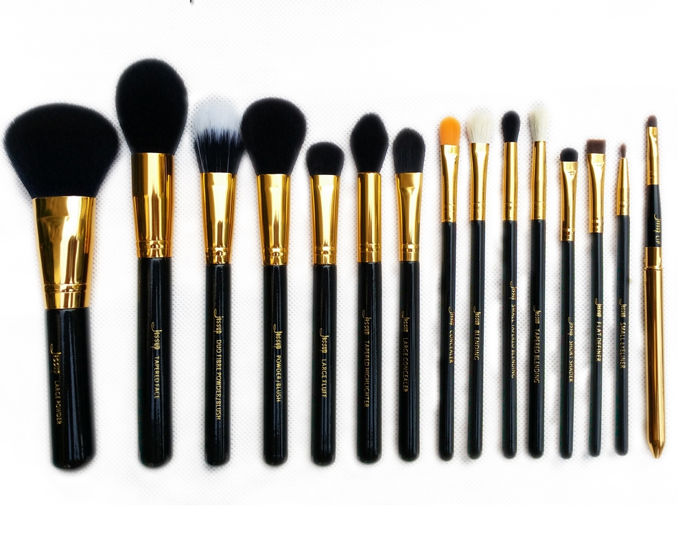 Jessup set de 15 pensule machiaj - Brushes Set Black-Gold T093