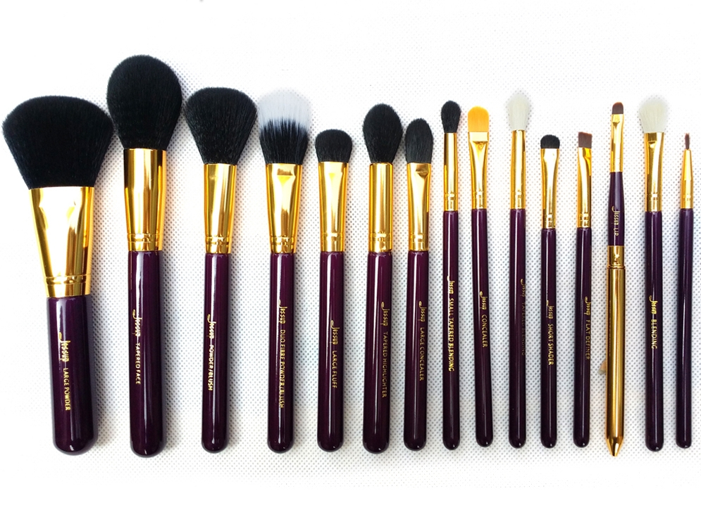 Jessup set de 15 pensule machiaj - Brushes Set Purple-Gold T095
