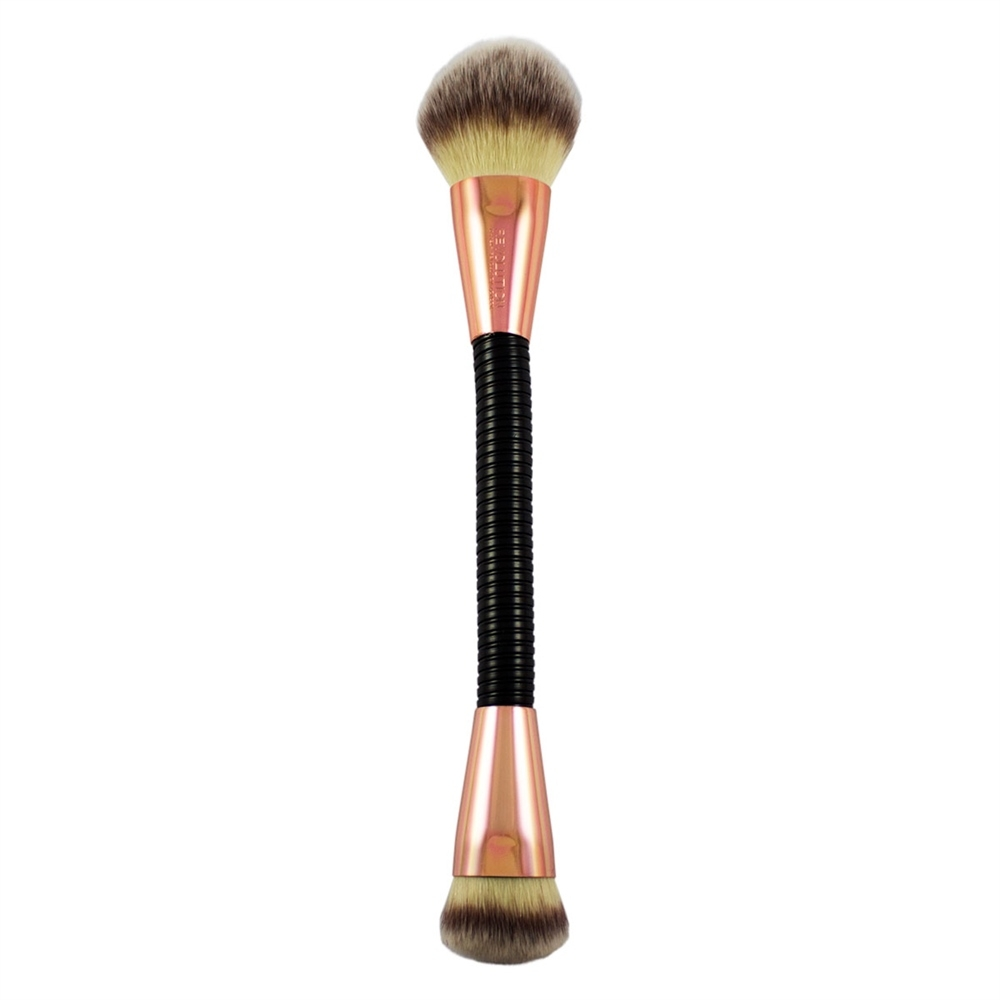 Makeup Revolution savitljivi kist - Flex Brush - 02 Highlight and Glow