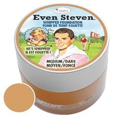 The Balm puder v peni - Even Steven Whipped Foundation - Medium/Dark