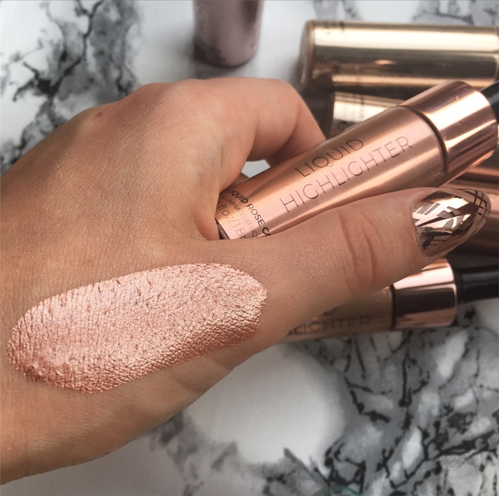 Makeup Revolution tekoči osvetljevalec – Liquid Highlighter – Liquid Rose Gold