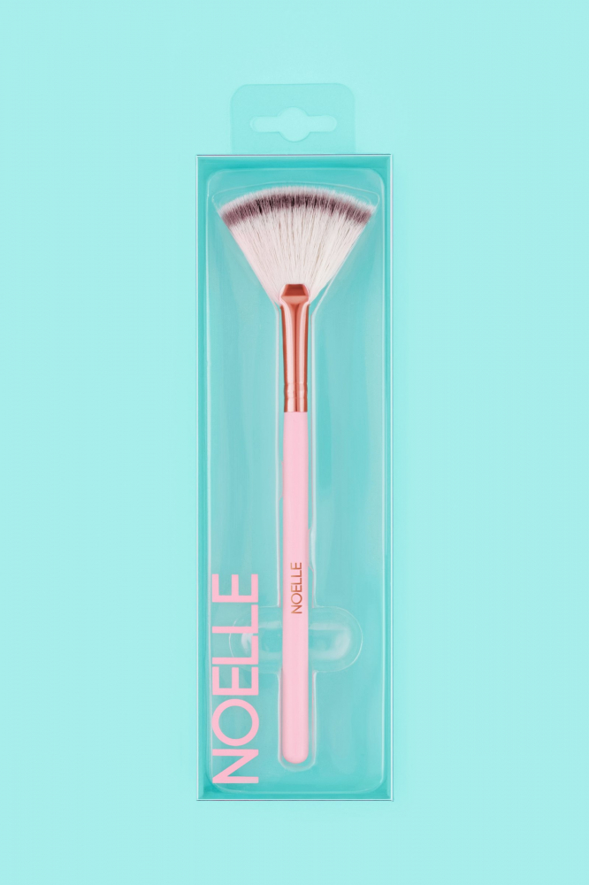 Noelle Brush четка за хайлайтър - Highlighter Brush - Makeup Brush No.05