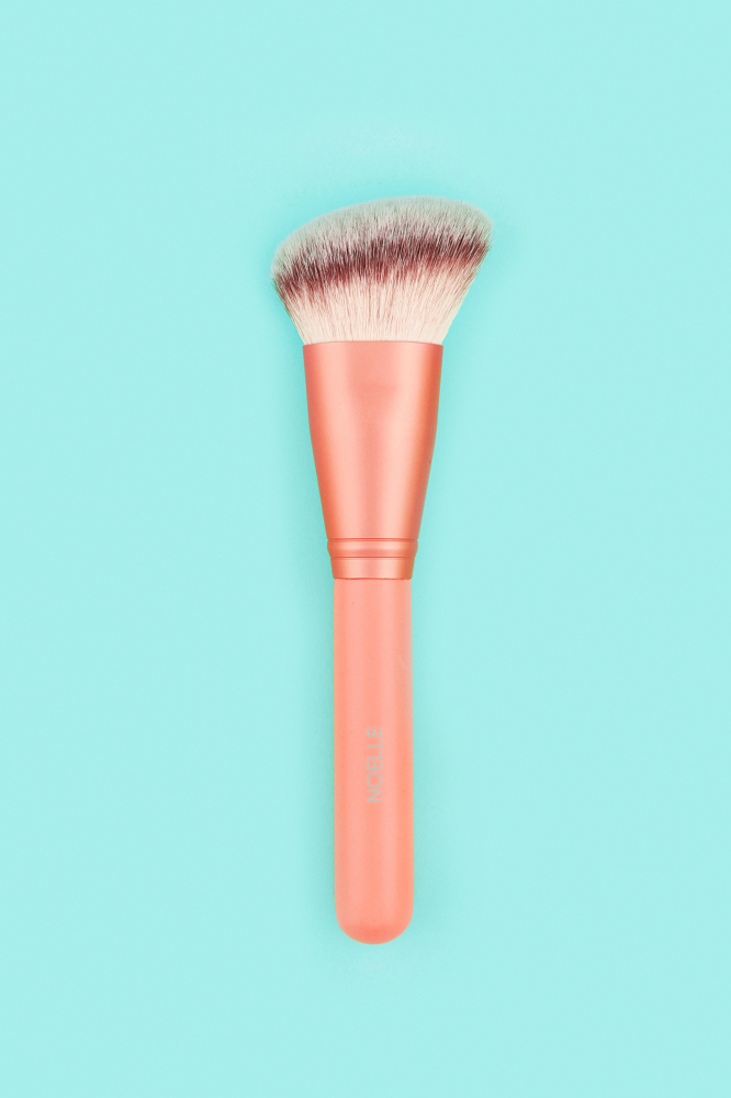 Noelle Brush четка за контуриране - Contour Brush - Makeup Brush No.21
