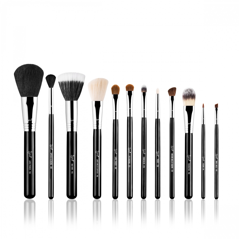 Sigma Brush Set - Make Me Classy - Essential Kit