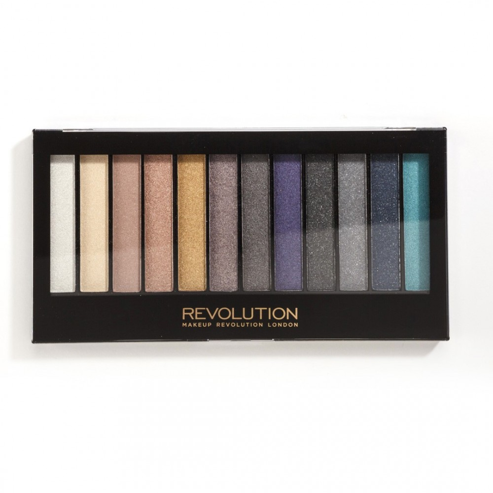Makeup Revolution paleta sjenila - Essential Day to Night