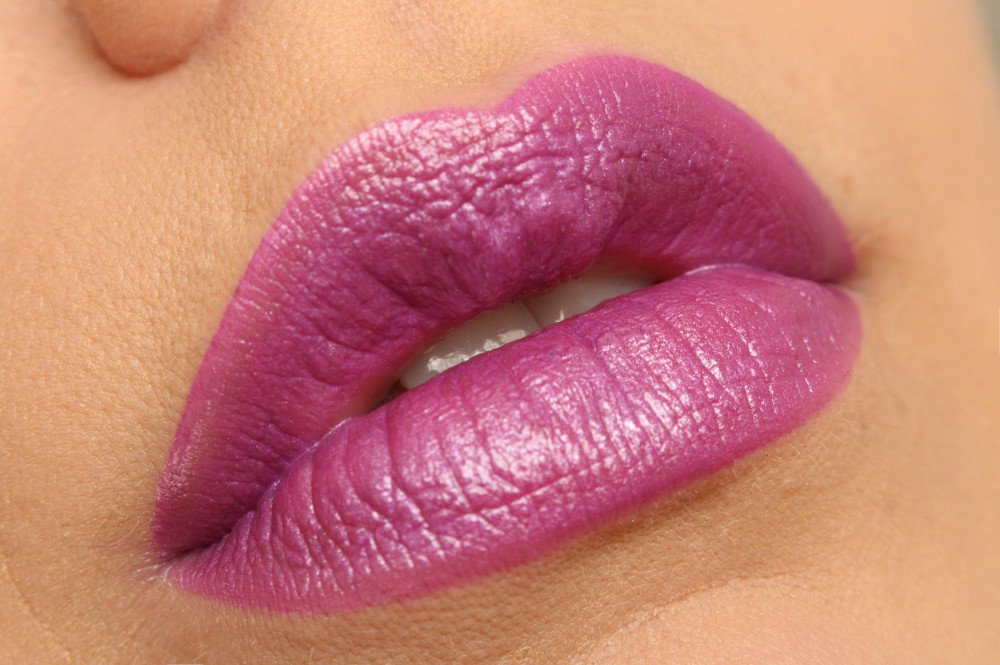 Revolution Lippenstift - Atomic - Magnificent