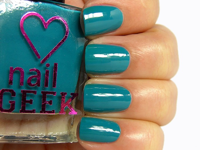 I Heart Makeup lak za nohte - Nail Geek - Inbetween 10