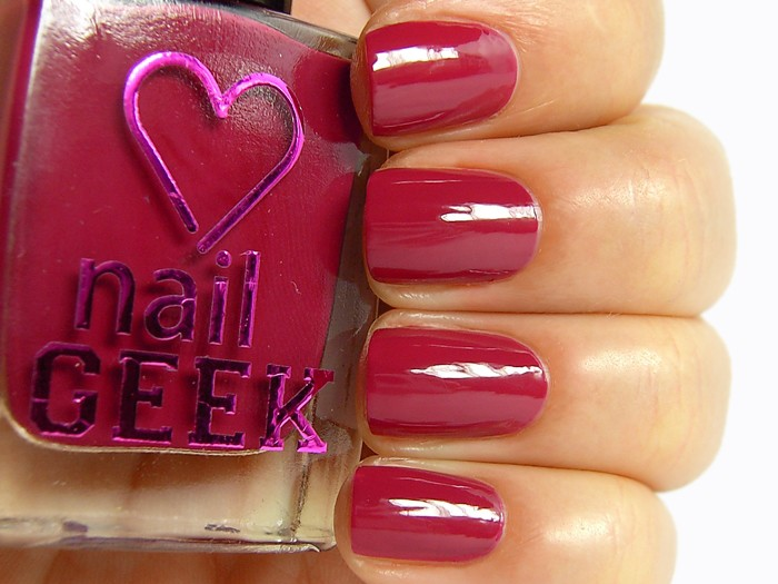 I Heart Makeup lak za nohte - Nail Geek - On the Edge 26
