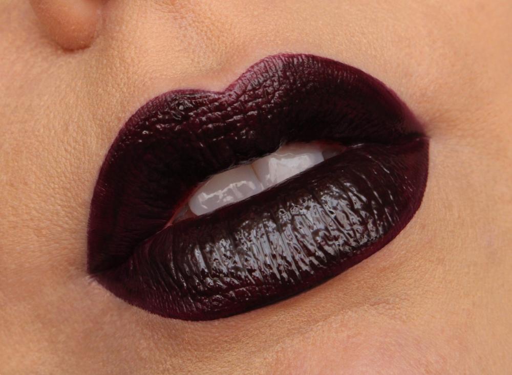 Makeup revolution lip amplification